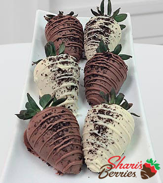 Chocolate Dip Delights™ Oreo® Madness Real Chocolate Covered Strawberries - 6 piece