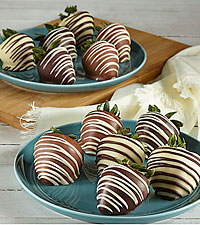 Classic Belgian Chocolate Covered Strawberries - 12pc