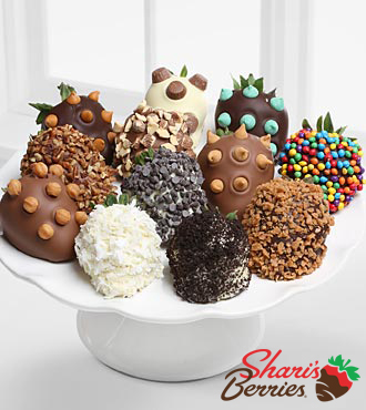 Chocolate Dip Delights™ Ultimate Toppings Real Chocolate Covered Strawberries - 12-piece