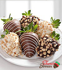 Chocolate Dip Delights™ Nuts About Berries Real Chocolate Covered Strawberries - 6-piece