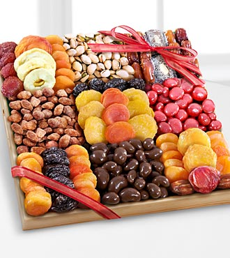 Dried Fruit, Nuts & Sweets Snack Tray - GOOD