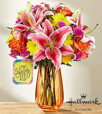 The ftd you did it bouquet by hallmark vase included Hallmark flowers