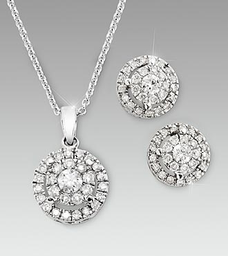 14kt White Gold 1/2cttw Diamond Pendant & 3/4cttw Diamond Earring Set