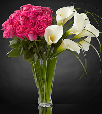 Irresistible Luxury Rose & Calla Lily Bouquet - 26 Stems - VASE INCLUDED