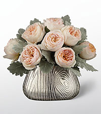 Woodland Beauty Luxury Rose Bouquet - 8 Stems - VASE INCLUDED