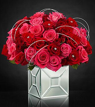 Le bouquet Blushing Extravagance™ Luxury de FTD® par Kalla™ - VASE INCLUS