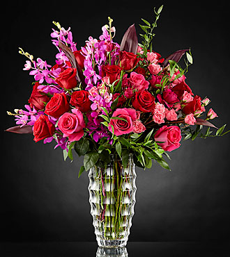 Le bouquet de luxe Heart's Wishes™ par Interflora™ – VASE INCLUS
