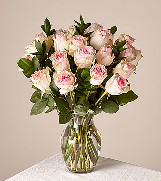 Pink Champagne Rose Bouquet 24 Stem With Vase