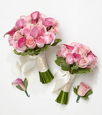 Perfect Pinks Bride & Maid of Honor Bouquets with Groom & Best Man Boutonnieres