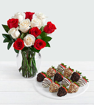 12 Candy Cane Roses with 12 Fancy Strawberries