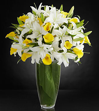 Vivacious Luxury Lily Bouquet - VASE INCLUDED