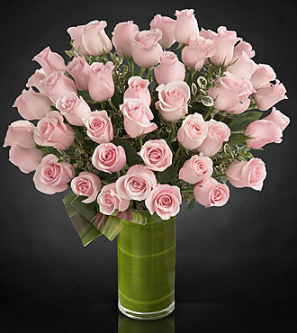 Delighted luxury rose bouquet 24 inch premium long stemmed roses vase inc - Bouquet de rose artificielle ...