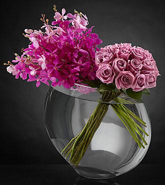 Bouquet de roses Duet Luxury - 18 roses de première qualité à tiges de 24 pouces - VASE INCLUS