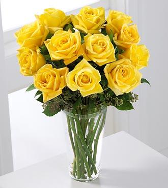 Le bouquet de roses jaunes à longues tiges de FTD®