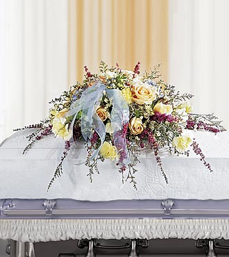 La gerbe mortuaire Angel Casket™ de FTD®