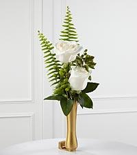 Le vase de boutons de fleurs blanches pour mausolée de FTD®