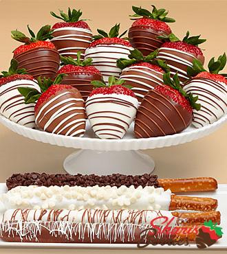 4 Caramel Pretzels & Full Dozen Swizzled Strawberries
