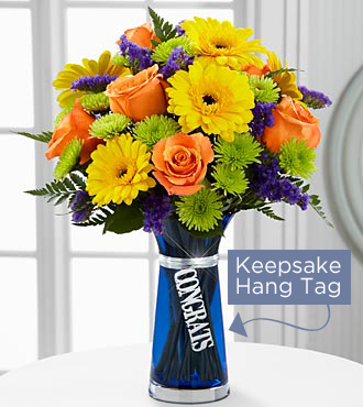 Le bouquet Félicitations de FTD<sup>®</sup> - VASE INCLUS