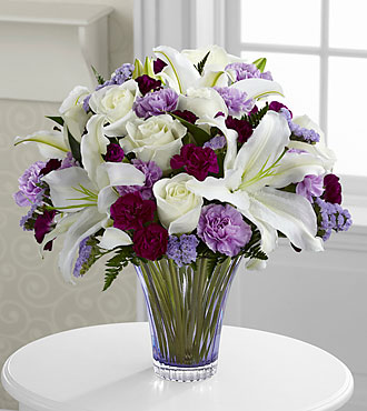 Le bouquet Thinking of You™ - VASE EN VERRE TAILLÉ INCLUS