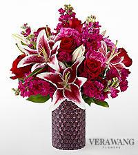 Le bouquet Vibrant Fuchsia™ de FTD® par Vera Wang