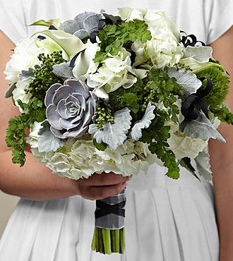 Le bouquet Sweet Innocence™ de FTD®