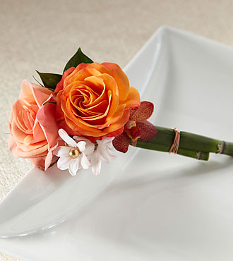 Sunset Dream™ Boutonniere
