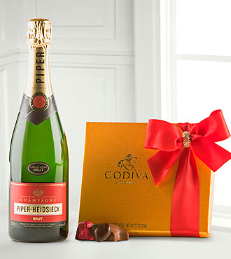 Holiday Wine and Godiva® Gift Set