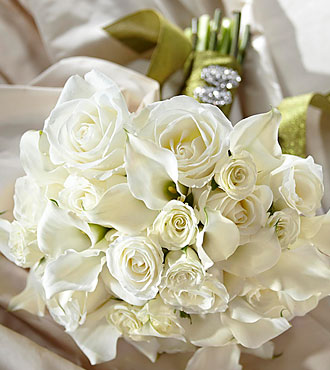 most affordable wedding flowers serene highness bouquet 6025