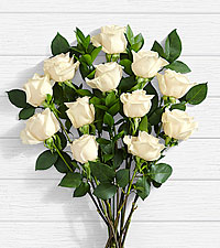 12 Stem Moonlight White Rose Bouquet
