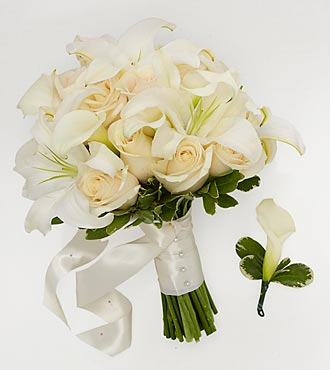 Ivory Inspirations Bride Bouquet & Groom Boutonniere