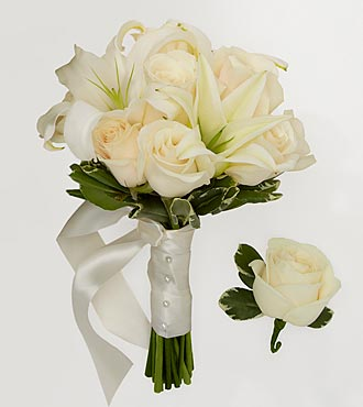 Ivory Inspirations Bridesmaid Bouquet & Groomsman Boutonniere